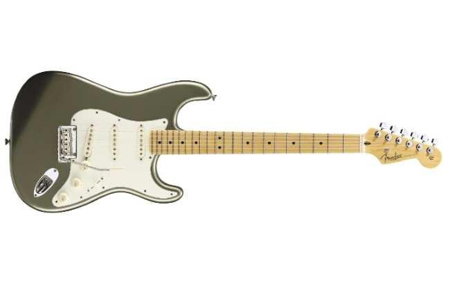 Fender Standard Stratocaster