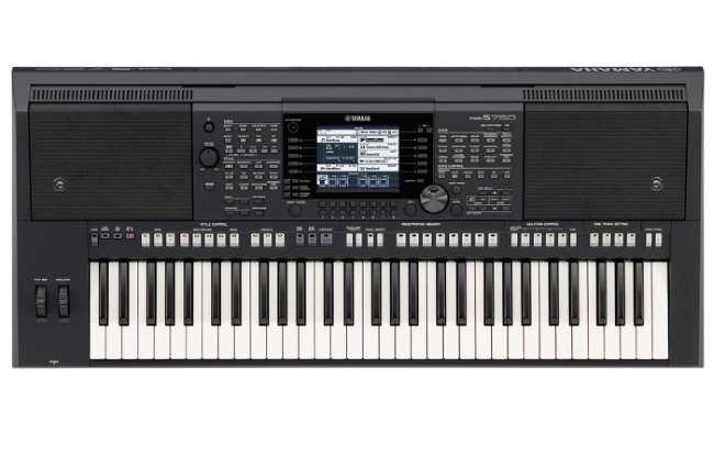 синтезатор Yamaha PSR-S750