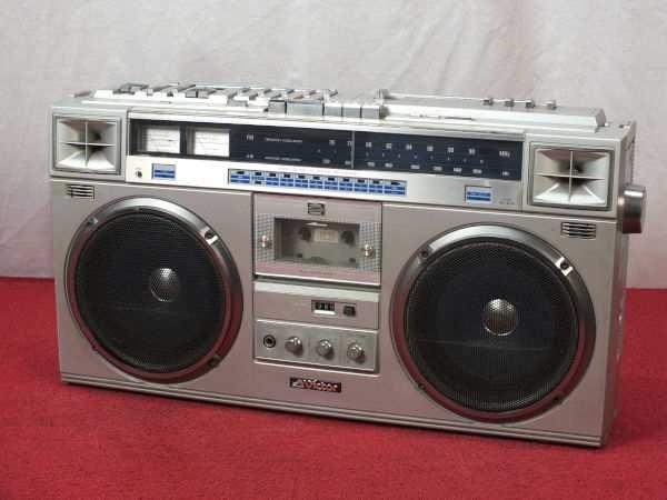 купить кассетный магнитофон